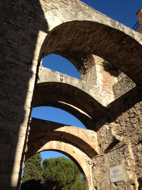 Porta Perugina, interno